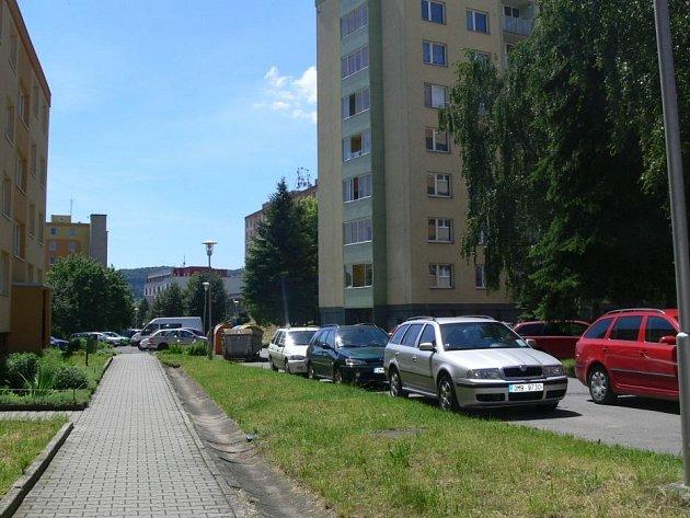 Parkování v Rezkově ulici