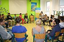 Žáci ze Základní školy Šromotovo se seznámili interaktivní dramatickou formou, jak se vyrovnat s poruchami příjmu potravy.