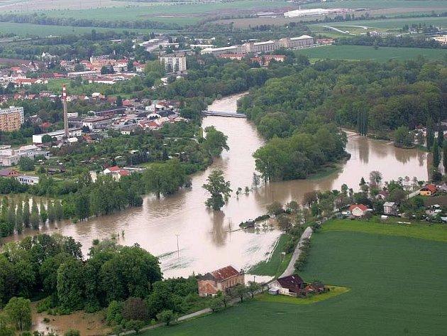 Rozlitá Bečva v Lipníku, květen 2010