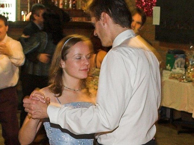 Plesová sezona začíná, tanečníci mají na Přerovsku spoustu příležitostí ke společenskému vyžití.