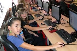 Informačním technologiím se výrazně věnují také na Základní škole Struhlovsko v Hranicích
