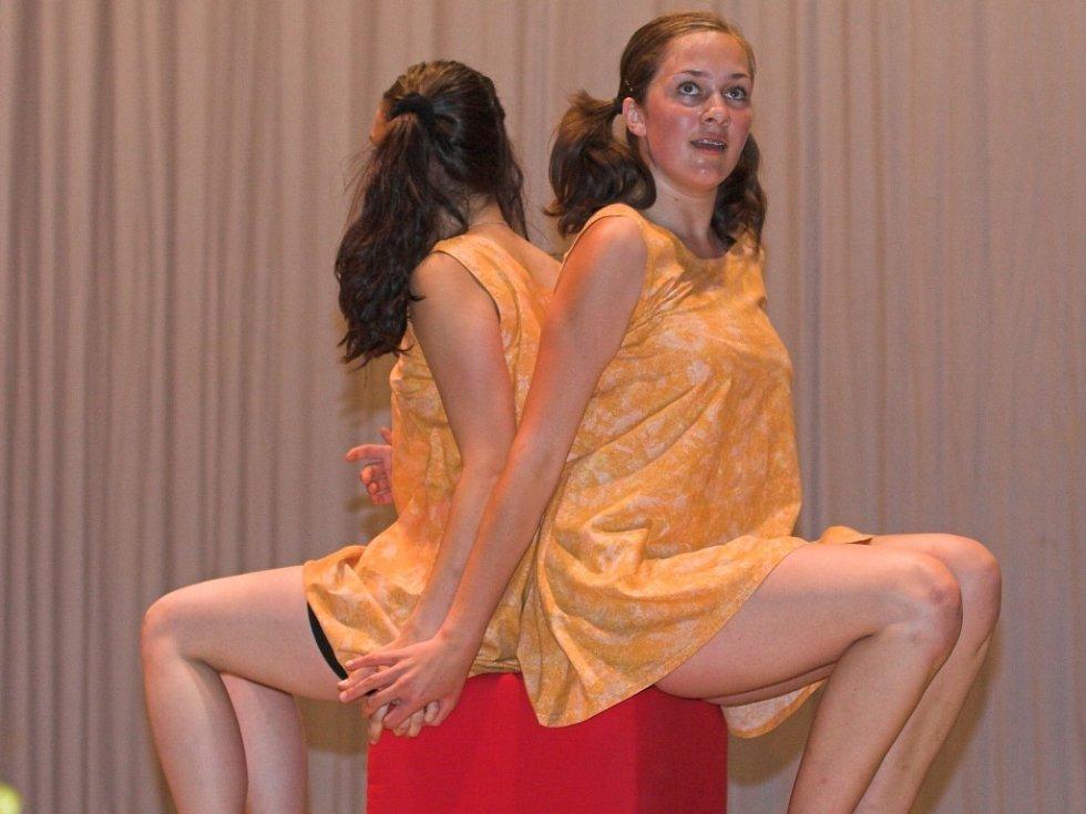 Mladí tanečníci.