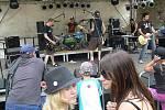 Na prvním rockovém festivalu na hradě Helfštýně vystoupila v sobotu i kapela N.S.O.S. z Lipníku nad Bečvou.