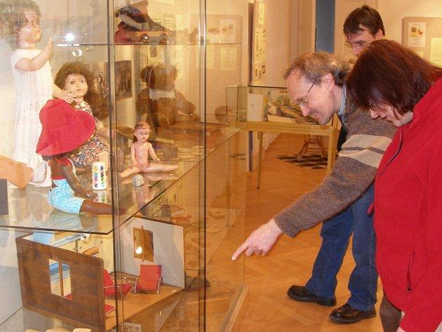 Výstava na zámku.