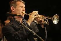 V Přerově začal XXV. jazzový festival. Slovenská kapela VV – Revival & Traditional Jazz Band.
