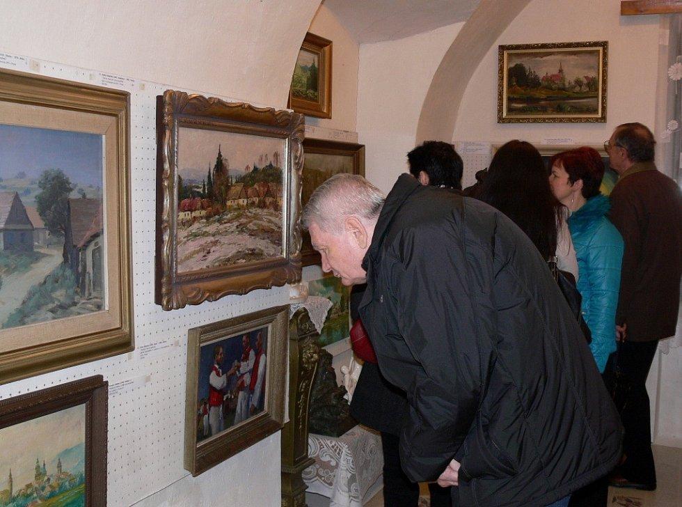 Slavnostní vernisáž v galerii Gustava Matušky zahájila výstavu s názvem Morava v obrazech
