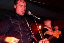 V prostějovském klubu Apollo 13 vystoupila jedna z nejprogresivnějších kapel české hudební scény. Přijeli sem Moimir Papalescu and the Nihilist.