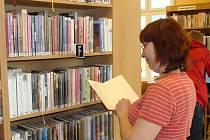 Návštěvníci Městské knihovny v Přerově budou moci v rámci Týdne knihoven zavítat do nově opravených prostor pro dospělé čtenáře na Žerotínově náměstí.