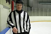 Hokejový rozhodčí Jaromír Ryška z Býškovic