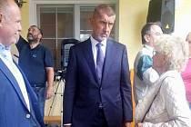 Andrej Babiš se zúčastnil slavnostního otevření školky v Teplicích nad Bečvou. Diskutoval také s občany
