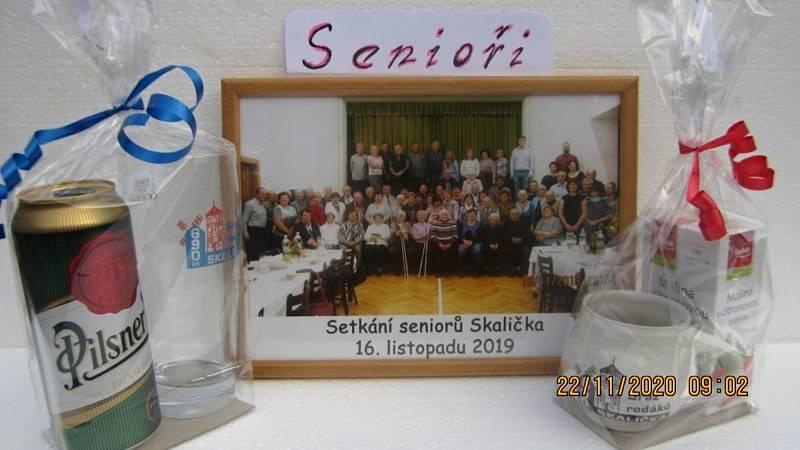 Konec listopadu ve Skaličce patří pravidelnému setkání s důchodci. Nouzový stav letošní setkání nedovolil.