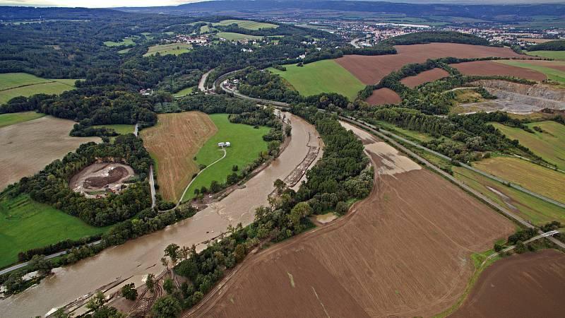 Řeka Bečva dosáhla v sobotu 26.9. odpoledne 1. stupně povodňové aktivity v Ústí a Lipníku