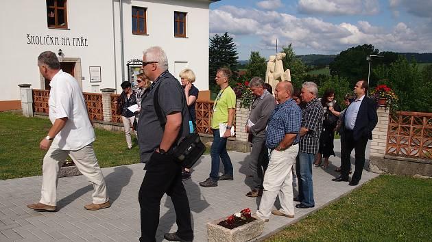 Do Bělotína přijela komise v rámci soutěže Vesnice roku.