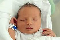 Adam Šnejdrla, Hranice, narozen dne 6. září 2013 v Olomouci, míra: 51 cm, váha: 3430 g