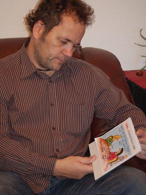 Lubomír Dostál vydává už jedenáctý kalendář.