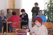 Den otevřených dveří v hranickém klubu seniorů