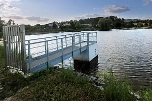 Povodí Moravy obnovilo malou vodní nádrž v Drahotuších na vodním toku Splavná.