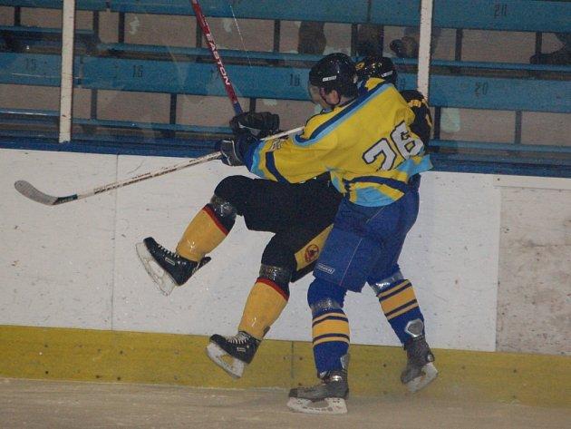 Přerovští hokejisté se propadli na druhou příčku.