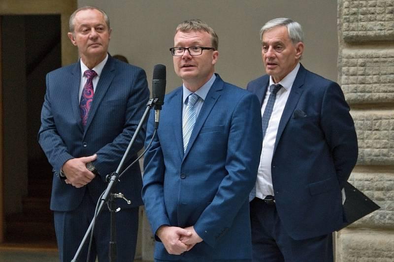 Křest nové knihy o Hranicích: Srdce Moravské brány - Vlastivěda města Hranice Jiřího J. K. Nebeského.
