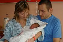 Maminka Eva, holčička Jana a tatínek v prostějovské porodnici.