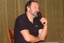 Známý novinář, spisovatel a scenárista diskutoval s přerovskými žáky základních škol a středoškoláky.