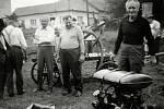 Dne 13. července 1975 radotínští místní požárníci domácí soutěž se třemi stroji, které vlastnili. Prvenství se docílilo koňskou stříkačkou, kterou máme od roku 1892. Tato nebyla před soutěží ani zkoušena.