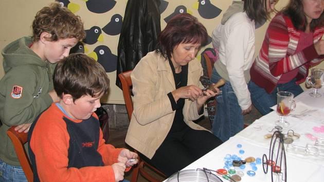 Spolek žen Rozmarýn ze Všechovic uspořádal Podzimní výstavu.