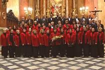 Komorní sbor Collegium vocale z Olomouce vystoupí v hranickém kostele Stětí sv. Jana Křtitele.