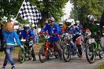 Závod mopedů Záhorská střela v Býškovicích