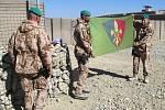 Předání operačního úkolu 4. jednotky výcvikového a poradního týmu OMLT a zhodnocení její činnosti v afghánské provincii Wardak