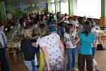 Diskotékou se francouzští žáci ve čtvrtek odpoledne rozloučili.