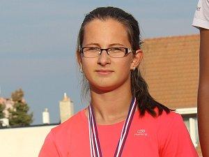 Trojnásobná medailistka z krajských přeborů Barbora Odstrčilová z SK Hranice