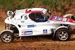 V přerovské rokli se jel o víkendu první závod domácího mistrovství v autokrosu.