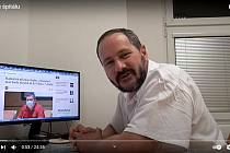 Hranický lékař Ctirad Musil prezentoval své názory na Youtube kanálu Moravský troll