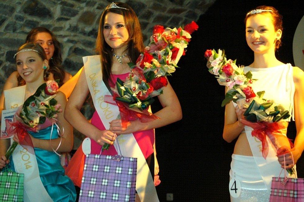 Základní kolo soutěže Dívka roku 2014 v Hranicích