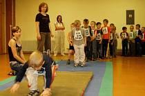 Celkem 105 dětí z mateřských školek z Hranicka překonávaly atletické olympijské rekordy.