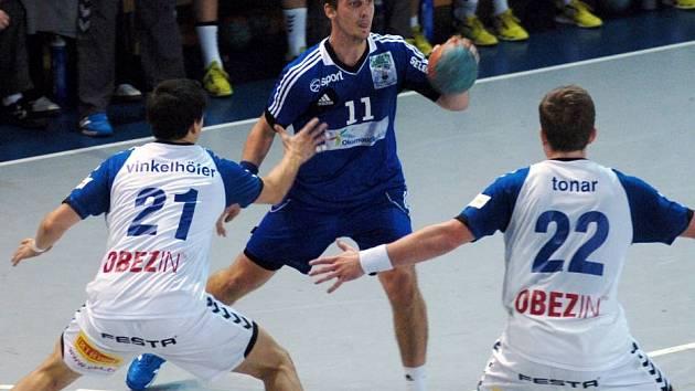 Hranice (v modrém) proti Plzni