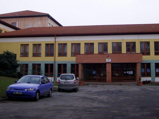 Základní škola Struhlovsko v Hranicích.