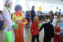 Děti i dospělé tradičně rozhýbe svou minidiskotékou Míša Růžičková