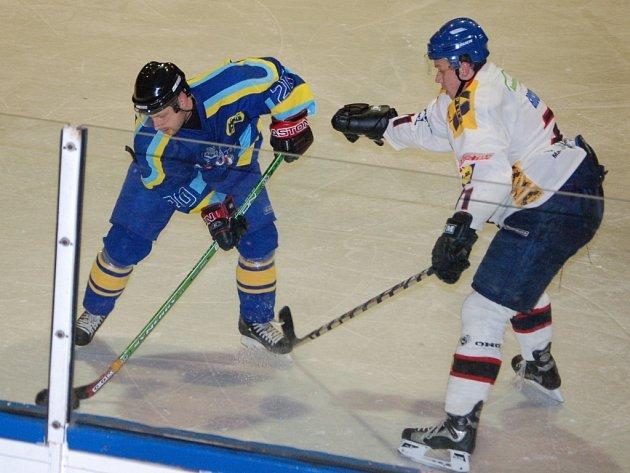 Pavel Hanák v Kroměříži vyrovnával na 1:1. Zubři ale nakonec prohráli v prodloužení.