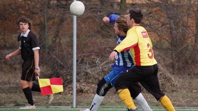 Starší dorost 1. FC Přerov porazil ve druhém kole Zimního poháru v kopané fotbalisty Kozlovic nejtěsnějším rozdílem 1:0.