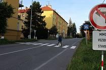Nádražní ulice v Hranicích.