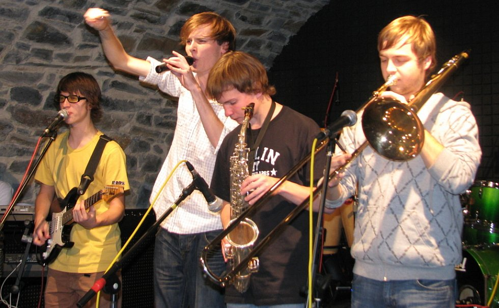 Zámecký klub zažil velký hudební večírek ve stylu funky a reaggae.