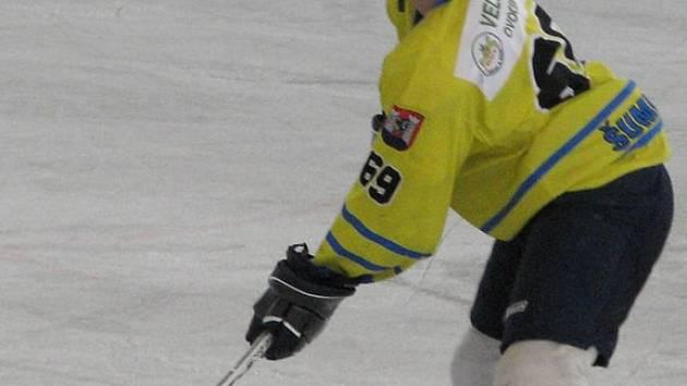 Baráž si zahraje i obránce Martin Novotný.