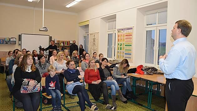 ZŠ Šromotovo bude od září otevírat speciální třídu. Přihlášky se přijímají již nyní.