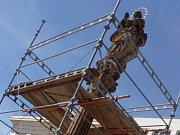 Opravy sochy Panny Marie na hranickém náměstí