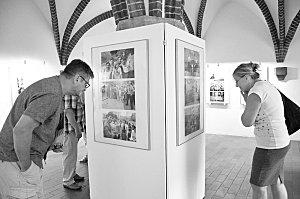 Výstava fotografií Oli V. Helcla