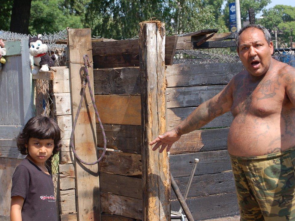 Padesátiletý majitel Jan Horváth se z neštěstí nemůže vzpamatovat.