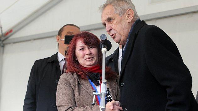 Návštěva prezidenta v Luboměři pod Strážnou