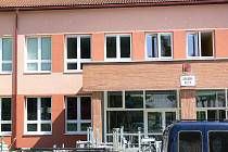 Opravy na ZŠ Struhlovsko. Ilustrační foto
